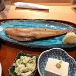 藁焼きと茶碗蒸し 西新橋魚金 - 伴助のホッケ