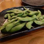 日本酒と地鶏の和バル 八鶴 - 枝豆