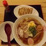 餃子食堂マルケン - 中華そばセット(醤油)