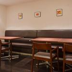 文化洋食店 - テーブル