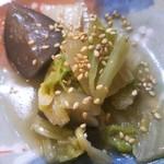 ミルクランド - ★白菜と秋茄子の醤油煮 秋茄子と白菜によく味が染み込んだあっさり味の醤油煮 振り掛けられた胡麻も香ばしくて良いアクセント