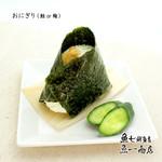 おにぎり(鮭 or 梅)