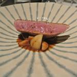 リストランテ カノフィーロ - ブルターニュ産小鴨胸肉のアロースト ポルチーニとマルサラのソース