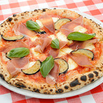 アルバータ ファミリア - 料理写真:ピザ_プロシュート
