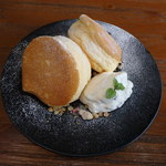クレープ&パンケーキ ラプソディー - マスカルポーネのパンケーキ¥750