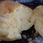 クレープ&パンケーキ ラプソディー - マスカルポーネのパンケーキ断面