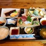 大浜丸 魚力 - 魚力定食 おかず3つ