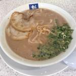 116572957 - ラーメン(麺の固さ:ずんだれ)