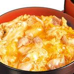 比内や - 比内地鶏の炙った肉と比内地鶏の卵の親子丼