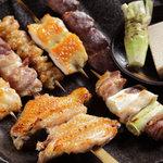 比内や - 備長炭で焼き上げる比内地鶏の串焼き