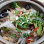 美楽一杯 - 海鮮と春雨の土鍋煮込み 1200円