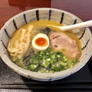 麺's たぐち - 料理写真:鶏骨ラーメン