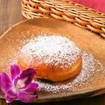 Beach House Cafe - ハワイの定番おやつのマラサダはパウダーシュガーで♪