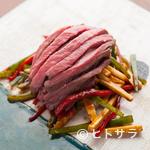 酒中花 空心  - 料理写真:素材の旨味が味わえる『空心流 上州和牛イチボの青椒牛肉絲』