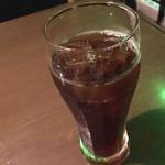 116615680 - 黒ウーロン茶。