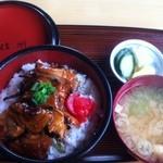 信州 - 料理写真:若どりの照焼丼