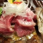 黒茶屋 - 焼物(秋川牛の朴葉焼と鮎塩焼)