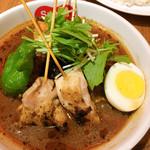 スープカレー すあげ天神 - パリパリ知床鶏と野菜カレー 串は無くてもいいような気も・・