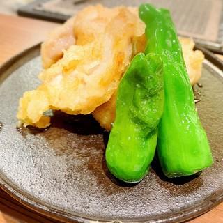 串焼きはもちろん、一品料理も日替わりでご提供しております