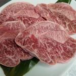 牛若 - 料理写真:和牛せんぼん筋
