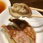 麻布ラーメン - 半餃子350円