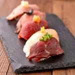 金山肉割烹 肉の権之助 - 肉握り5種盛り合わせ
