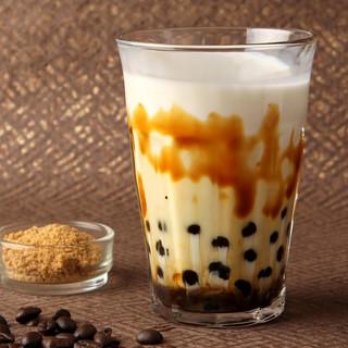 【季節限定!】沖縄産黒糖のタピオカミルクコーヒー