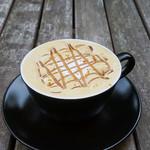 Embassy Cafe & Dining - マロン・デ・カプチーノ ナッツのアロマ香るエスプレッソにローストチェスナットシロップ、マロンクリームを加え、旬の栗が堪能できる一杯に。