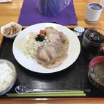 116669580 - 生姜焼き定食