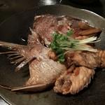 和みだいにんぐ 亜蔵 - 鯛のあら炊き