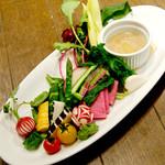 農園野菜のサラダ バーニャカウダ仕立て