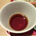 蕎麦きり ほしの - 淡い色の辛汁