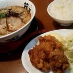 らー麺 藤平  - 料理写真:からあげセットのup