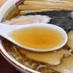 名代 三角そばや - 透明度の高い和風スープ