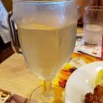 ガスト - ドリンク写真:グラスワイン(白)