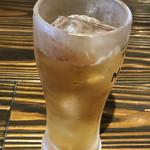 古民家個室の鶏酒場 ハングリーチキン - ウーロン茶