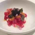 TATEOKA TAKESHI - 足寄産桜肉と真狩さん根パセリ 、キャビアと余市産梅のグラニテ