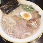 116731337 - ワンタン麺デフォ♪