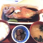 シーフードレストラン うおっせ - 釣りキンメの煮付け定食