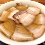 喜多方ラーメン坂内 - 焼豚ラーメン(970円)