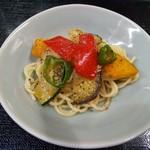 本母 - その他写真:夏野菜のパスタ