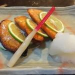だいごやきとり - 料理写真:鮭のかぼす焼