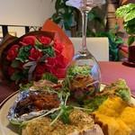 ムーフル カフェ シュエット ラパン - 料理写真:Wグリルハーブチキンとハンバーグのメイン&野菜ムーフルコース