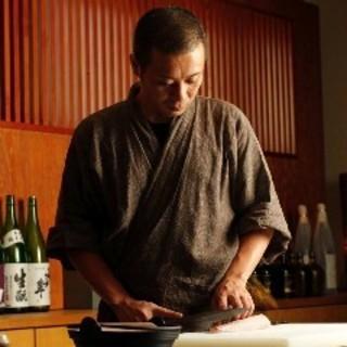 赤坂の料亭で8年修行を重ねた料理長
