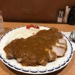 マルシェ - 料理写真:洋食屋さんって言っても、大勢が食べられるのは「カレー」!(2019.10.2)