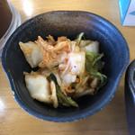 天ぷら徳家 - キムチは食べ放題