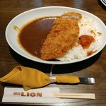 ビヤホール 銀座ライオン - ポークカツカレー 980円
