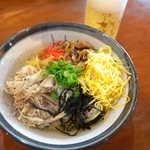 116766599 - 鶏スープを回し掛けて完成! 出汁の旨味が素晴らしい、念願の奄美に来られた喜びが高まります!