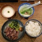 shodaigyuutanakabee - 麦とろ定食(1390円)です。