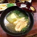 喜多八  - 冬瓜とアオサの吸物仕立て。生姜の香り、ホロホロほぐれる鶏肉、上品な塩味